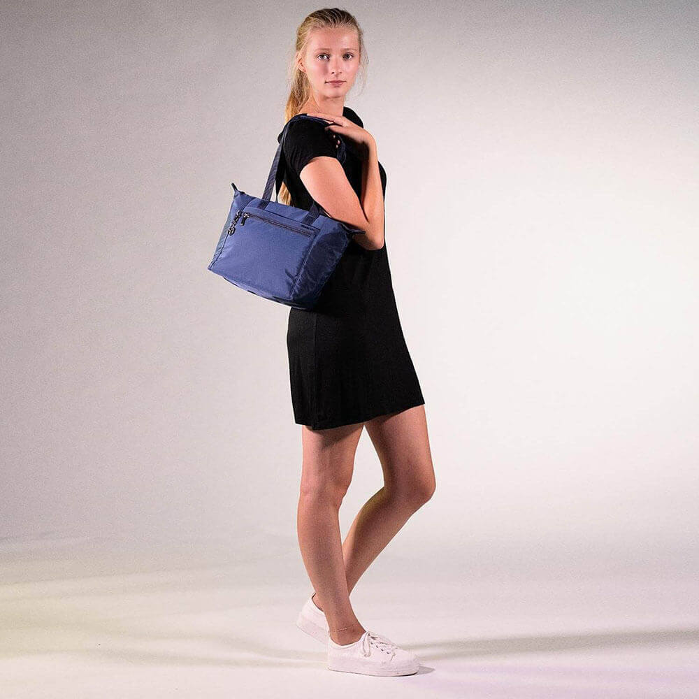 Женская сумка Hedgren HIC410M Inner City Meagan M Tote 10.1″ HIC410M/155 155 Dress Blue - фото №5