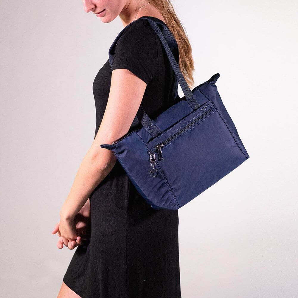 Женская сумка Hedgren HIC410M Inner City Meagan M Tote 10.1″ HIC410M/155 155 Dress Blue - фото №8